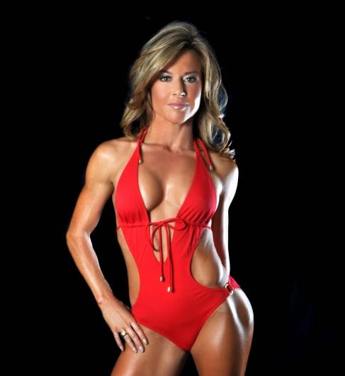 Michelle-MacDonald-Fitness-Model